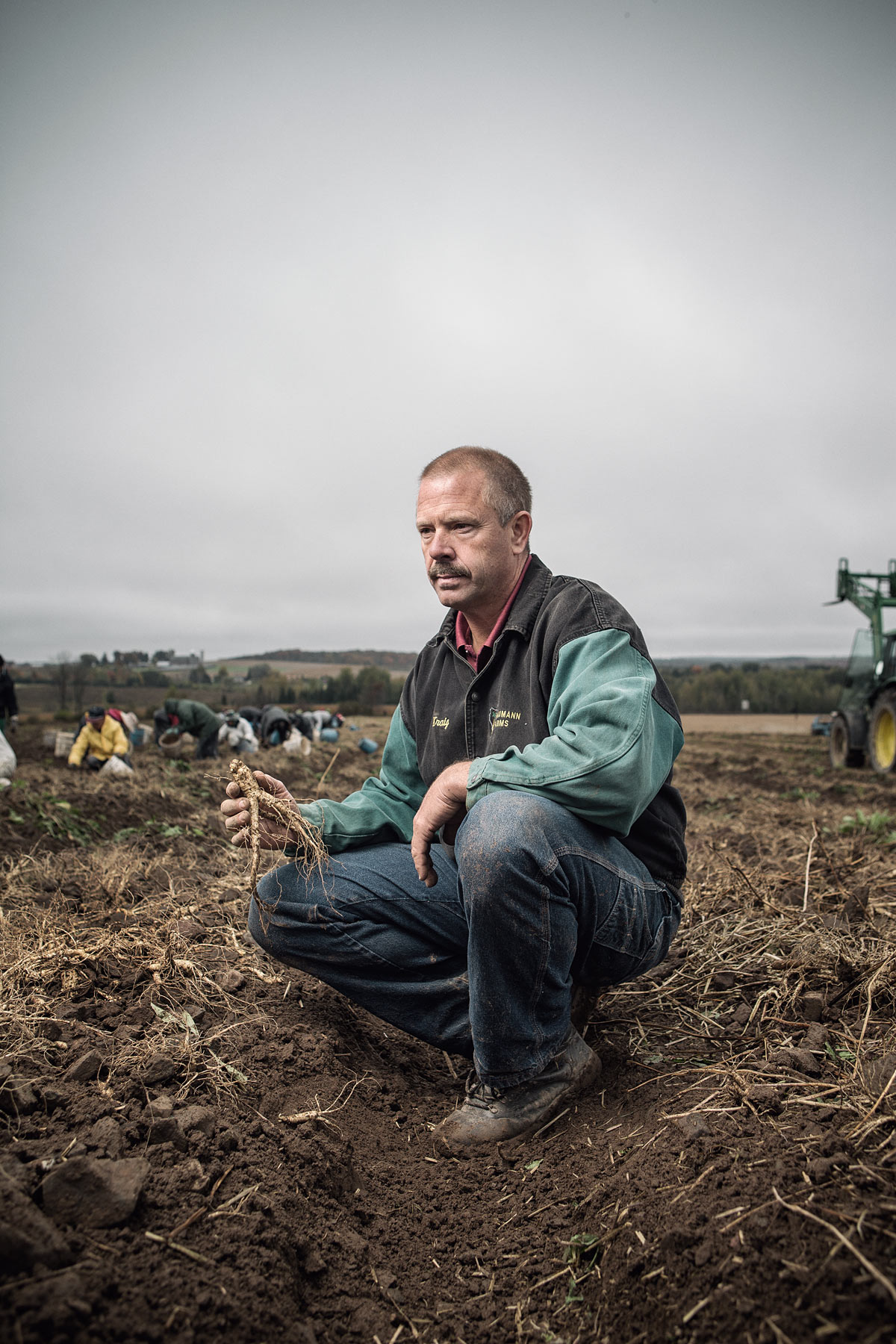 baumann_farms_wausau_wisconsin_ginseng_farmin_commercial_photography_advertising_portrait_midwest_photographer_59