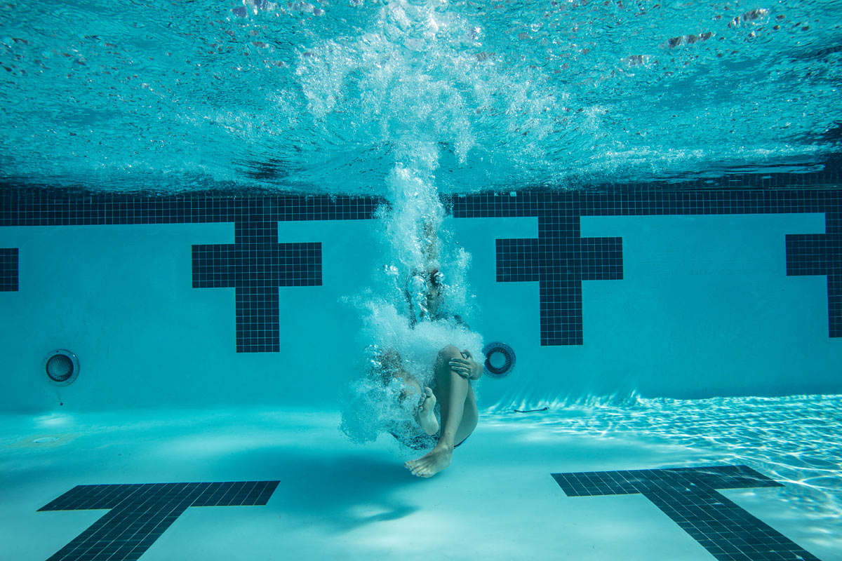 jackson_co_eastlake_church_cannonball_campaign_underwater_photography_milwaukee_chicago_midwest_commercial_advertising_production_retouching_15