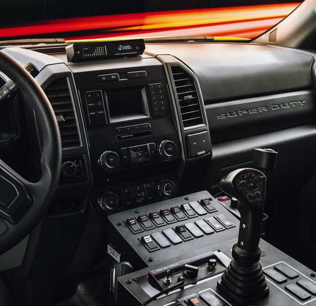 product_oshkosh_corp_stinger_truck_ford_f350_interior_1_2